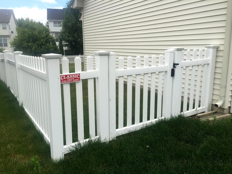 Fence Company | Oswego, IL - Classic Fence